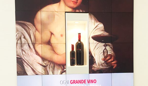 Telling the story of wine and technology with a small configuration of MicroTiles™ (rear projection cubes).